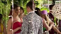 Olivia Lane, Hendrix Greyson in Neighbours Episode 8210