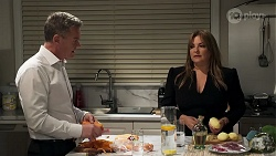 Paul Robinson, Terese Willis in Neighbours Episode 8210