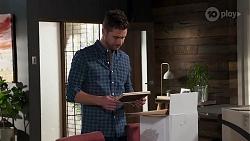 Mark Brennan in Neighbours Episode 8212