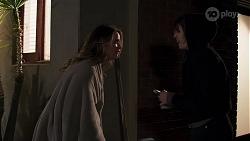 Scarlett Brady, Marianna Brookes in Neighbours Episode 8213