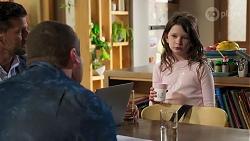 Pierce Greyson, Toadie Rebecchi, Nell Rebecchi in Neighbours Episode 8213