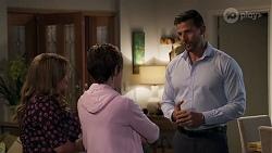 Terese Willis, Susan Kennedy, Pierce Greyson in Neighbours Episode 8213