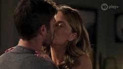 Ned Willis, Scarlett Brady in Neighbours Episode 8214