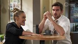Roxy Willis, Ned Willis in Neighbours Episode 8214
