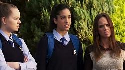 Harlow Robinson, Yashvi Rebecchi, Bea Nilsson in Neighbours Episode 8214