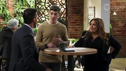 Pierce Greyson, Hendrix Greyson, Terese Willis in Neighbours Episode 8220