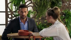 Pierce Greyson, Chloe Brennan in Neighbours Episode 8221