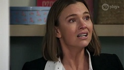 Amy Williams in Neighbours Episode 8225