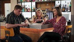 Kyle Canning, Sheila Canning, Amy Williams in Neighbours Episode 8228