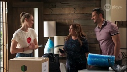 Chloe Brennan, Terese Willis, Pierce Greyson in Neighbours Episode 8228