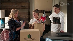Sheila Canning, Chloe Brennan, Hendrix Greyson in Neighbours Episode 8228