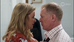 Sheila Canning, Clive Gibbons in Neighbours Episode 8231