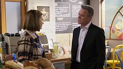 Amy Williams, Paul Robinson in Neighbours Episode 8233