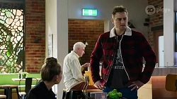 Chloe Brennan, Kyle Canning in Neighbours Episode 8233