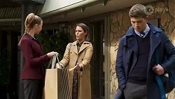 in Neighbours Episode 8234