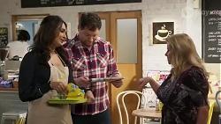 Dipi Rebecchi, Shane Rebecchi, Sheila Canning in Neighbours Episode 8238