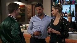 Hendrix Greyson, Pierce Greyson, Chloe Brennan in Neighbours Episode 8239