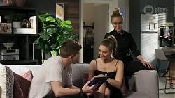 Hendrix Greyson, Chloe Brennan, Roxy Willis in Neighbours Episode 8240