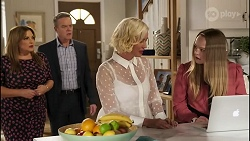 Terese Willis, Paul Robinson, Prue Wallace, Harlow Robinson in Neighbours Episode 8242