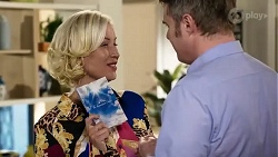 Prue Wallace, Gary Canning in Neighbours Episode 8243