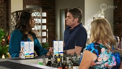 Dipi Rebecchi, Gary Canning, Sheila Canning in Neighbours Episode 8245