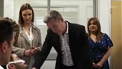 Aaron Brennan, David Tanaka, Amy Williams, Paul Robinson, Terese Willis in Neighbours Episode 8246