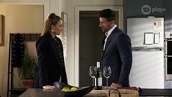 Chloe Brennan, Pierce Greyson in Neighbours Episode 8247