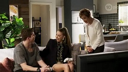 Hendrix Greyson, Chloe Brennan, Susan Kennedy in Neighbours Episode 8247