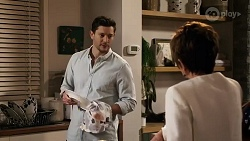 Finn Kelly, Susan Kennedy in Neighbours Episode 8248