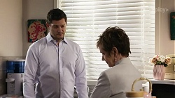 Finn Kelly, Susan Kennedy in Neighbours Episode 8249