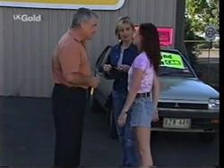 Lou Carpenter, Jen Handley, Cody Willis in Neighbours Episode 2356