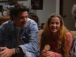 Sam Kratz, Bianca Zanotti in Neighbours Episode 2358