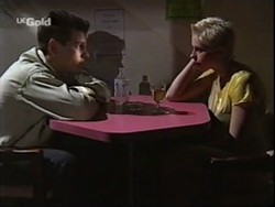 Mark Gottlieb, Lucy Robinson in Neighbours Episode 2359