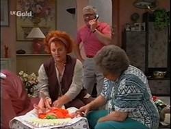 Cheryl Stark, Lou Carpenter, Marlene Kratz in Neighbours Episode 2359