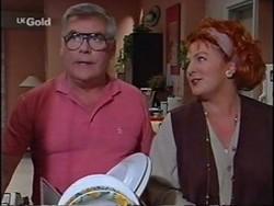 Lou Carpenter, Cheryl Stark in Neighbours Episode 2359