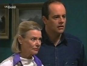 Helen Daniels, Philip Martin in Neighbours Episode 2447