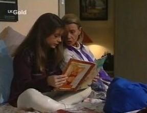 Hannah Martin, Helen Daniels in Neighbours Episode 2447