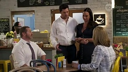 Toadie Rebecchi, Finn Kelly, Bea Nilsson, Claudia Watkins in Neighbours Episode 8252