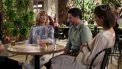 Bea Nilsson, Claudia Watkins, Finn Kelly, Elly Conway in Neighbours Episode 8253