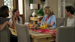 Elly Conway, Bea Nilsson, Claudia Watkins, Finn Kelly in Neighbours Episode 8256