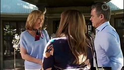 Claudia Watkins, Terese Willis, Paul Robinson in Neighbours Episode 8256