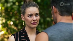 Chloe Brennan, Pierce Greyson in Neighbours Episode 8258