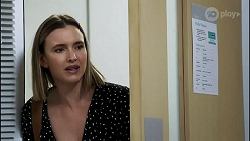 Amy Williams in Neighbours Episode 8262