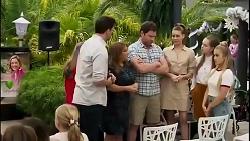 Finn Kelly, Terese Willis, Shane Rebecchi, Chloe Brennan, Harlow Robinson, Roxy Willis in Neighbours Episode 8263