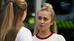 Harlow Robinson, Roxy Willis in Neighbours Episode 8264