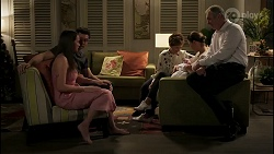 Bea Nilsson, Finn Kelly, Susan Kennedy, Aster Conway, Elly Conway, Karl Kennedy in Neighbours Episode 8264