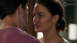 Finn Kelly, Elly Conway in Neighbours Episode 8265