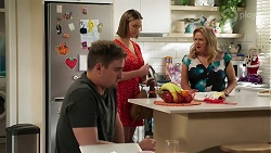 Kyle Canning, Amy Williams, Sheila Canning in Neighbours Episode 8265