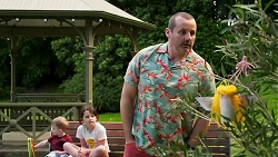 Hugo Somers, Nell Rebecchi, Toadie Rebecchi in Neighbours Episode 8266