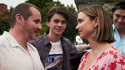 Toadie Rebecchi, Jimmy Williams, Amy Williams, Leo Tanaka in Neighbours Episode 8267